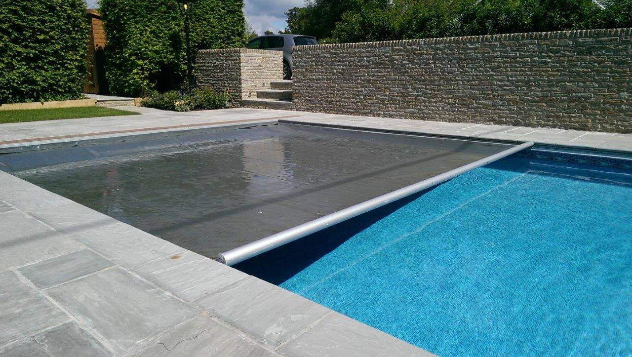 AQM automatic safety cover – Prestige Swimming Pools